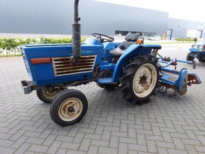 iseki tu 1700 traktor gebrauchte traktoren und. Black Bedroom Furniture Sets. Home Design Ideas