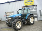 New Holland Ford 8260 Traktor